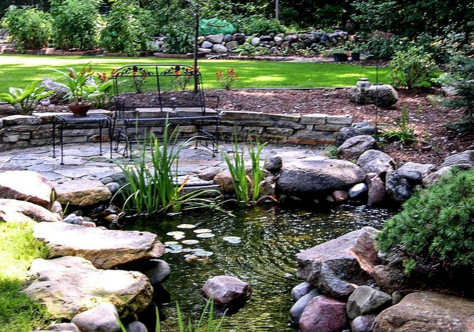 water features - landscaping - lawn care in Madison MS